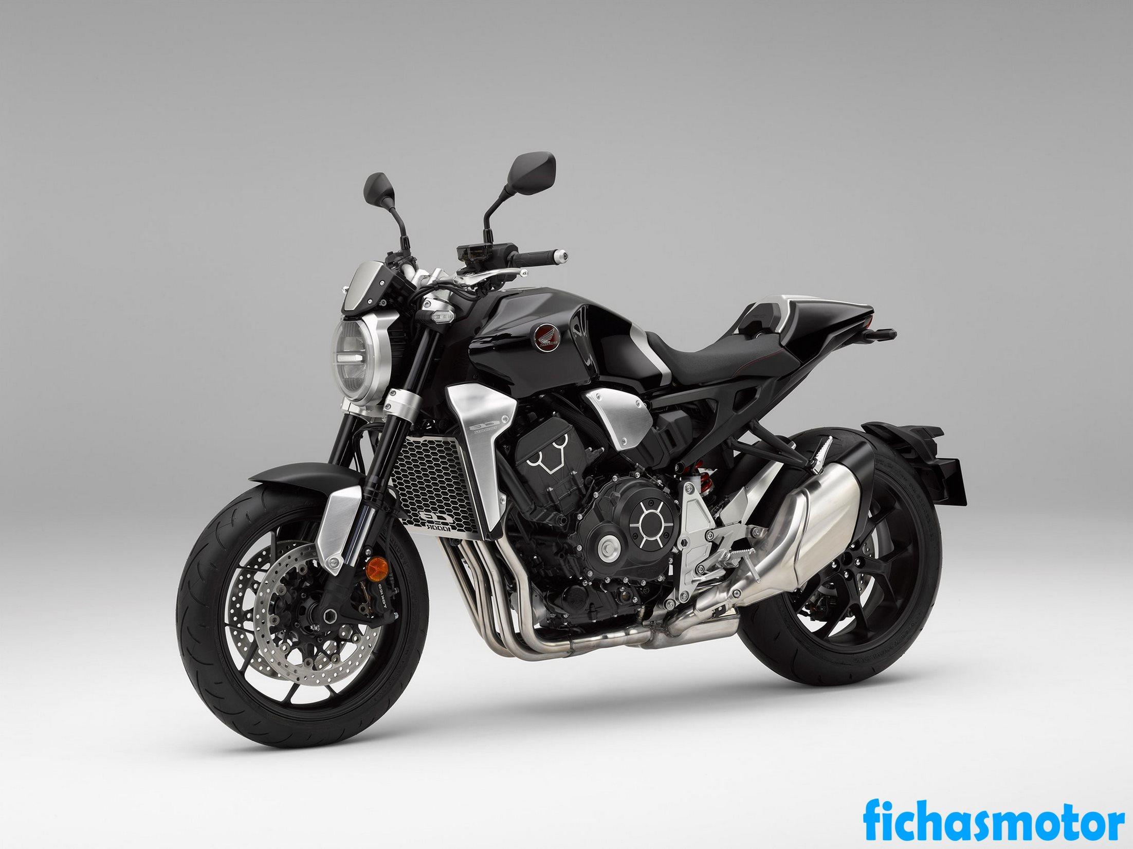 Ficha técnica Honda CB1000R 2020