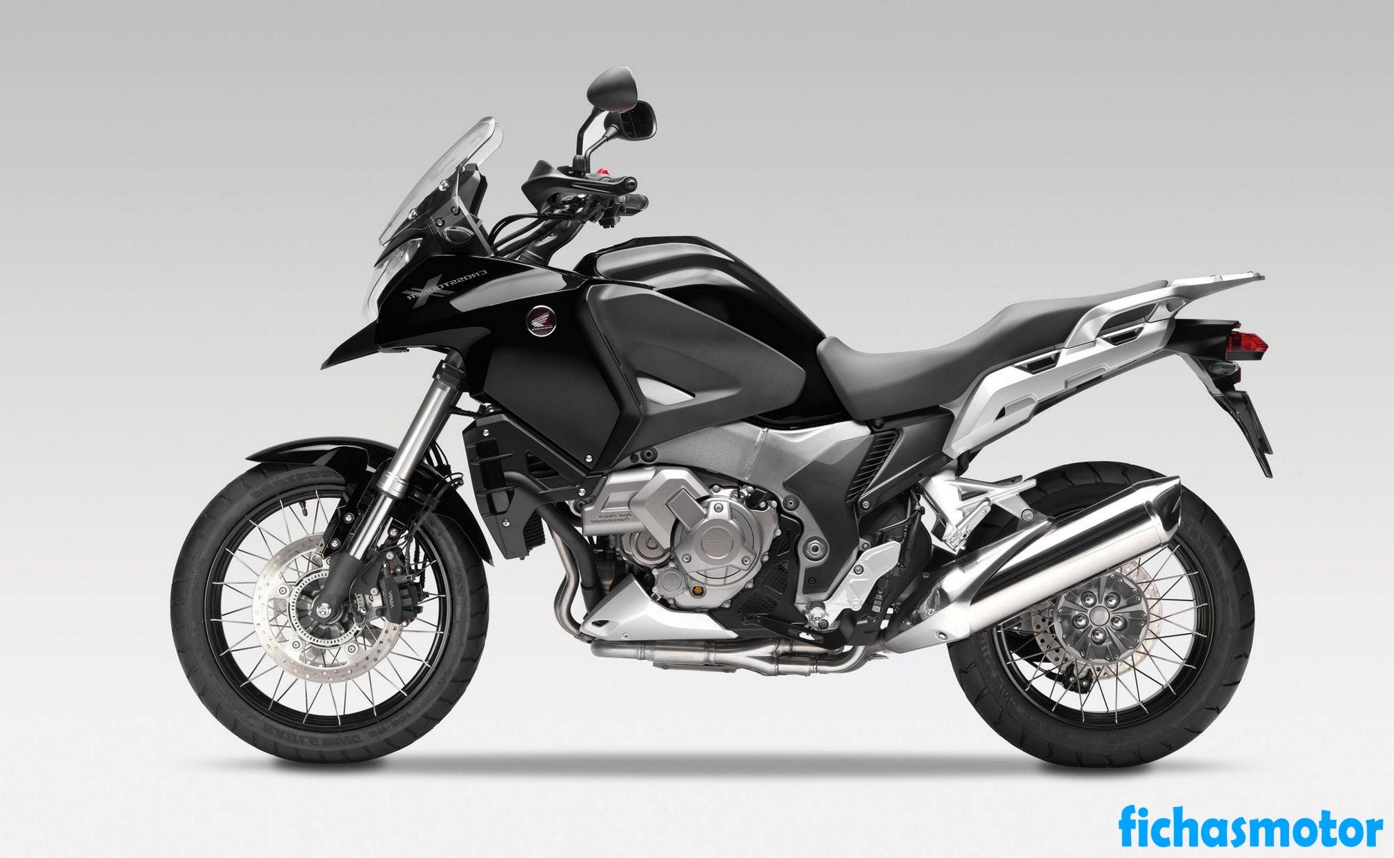 Ficha técnica Honda crosstourer 2012