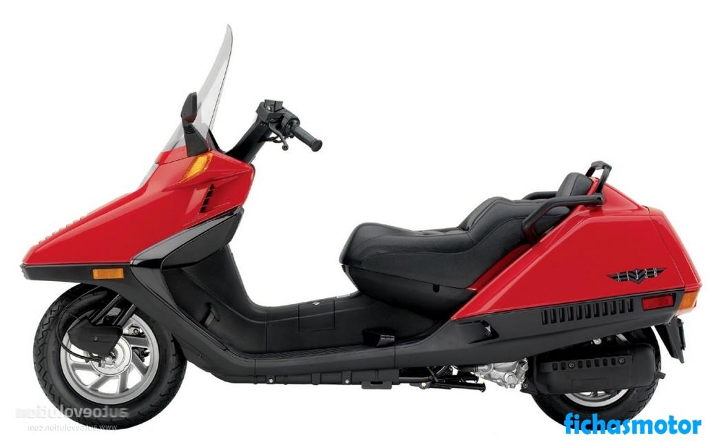 Imagen moto Honda helix año 2004