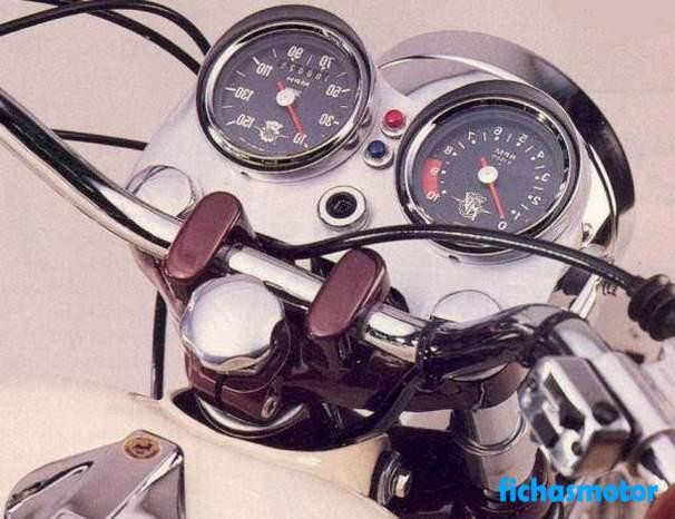 Ficha técnica Mv agusta 750 gt 1972
