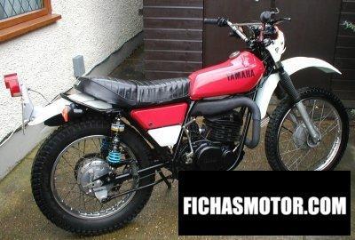 Imagen moto Yamaha dt 250 año 1976
