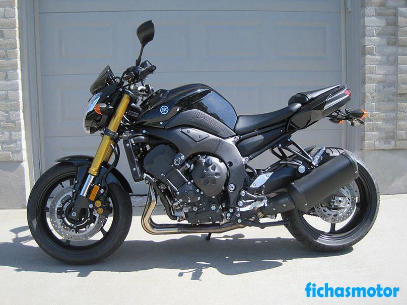 Imagen moto Yamaha fz8 año 2011