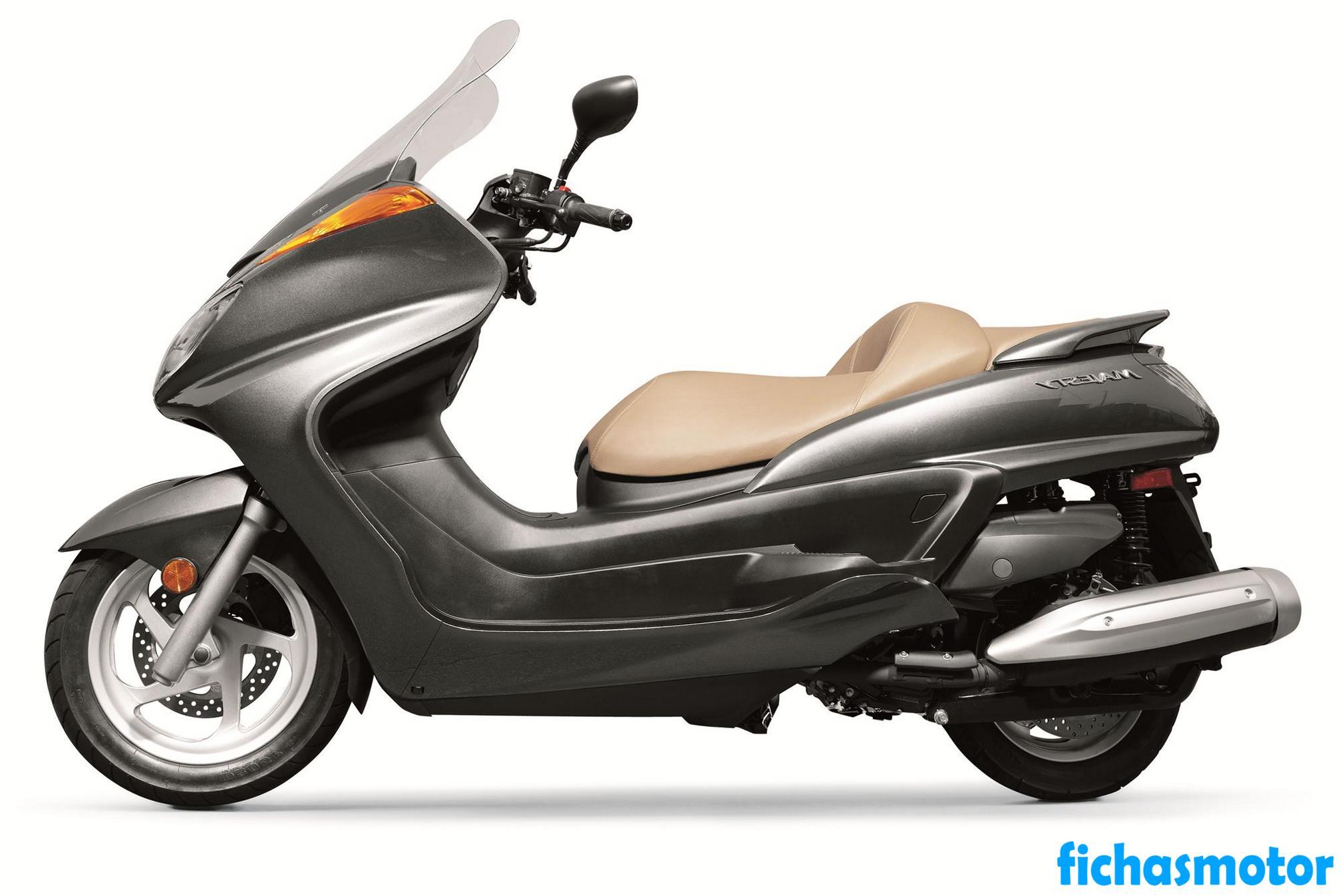 Ficha técnica Yamaha majesty 2014