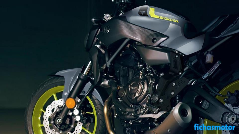 Ficha técnica Yamaha mt-07 2016